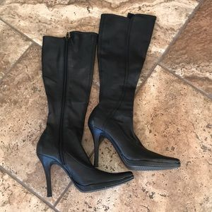 Bakers Chelsea Tall Heeled Black Boots Size 8 B.